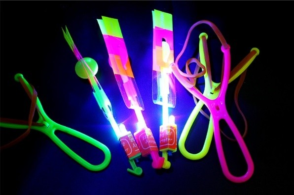 Flying Light Up Rocket 6pcs per Pack