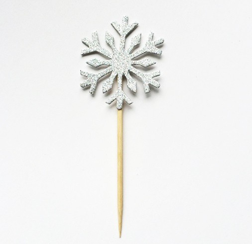Silver Snow Flakes Pics 2pcs